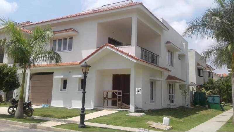 05 bhk villa for rent in Adarsh palm Retreat