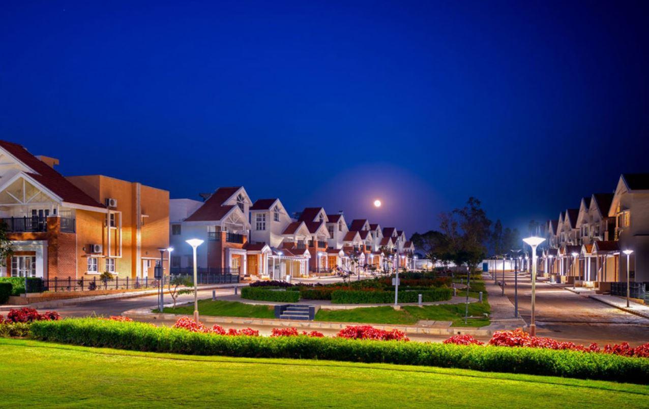Prestige Augusta Golf Village-Villas