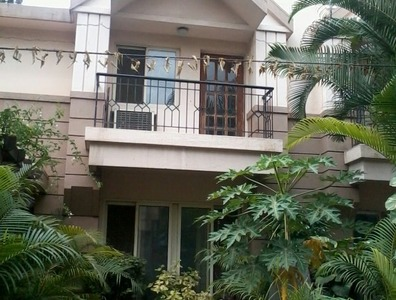3bhk flat for Rent in Raheja Regent in Frazer Town